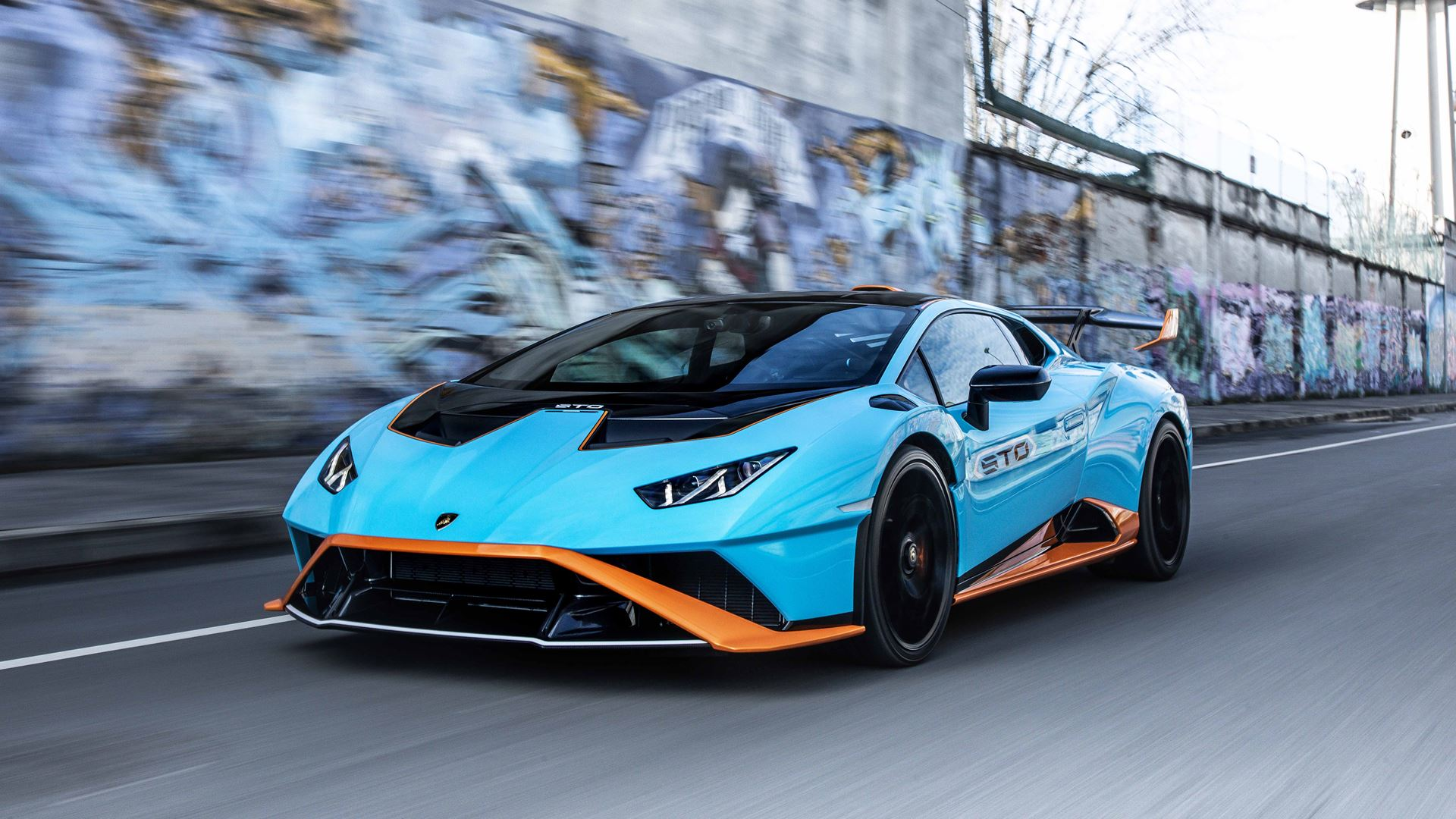 Lamborghini sales: the best half-year ever. Orders taken for the next ten months - Image 2