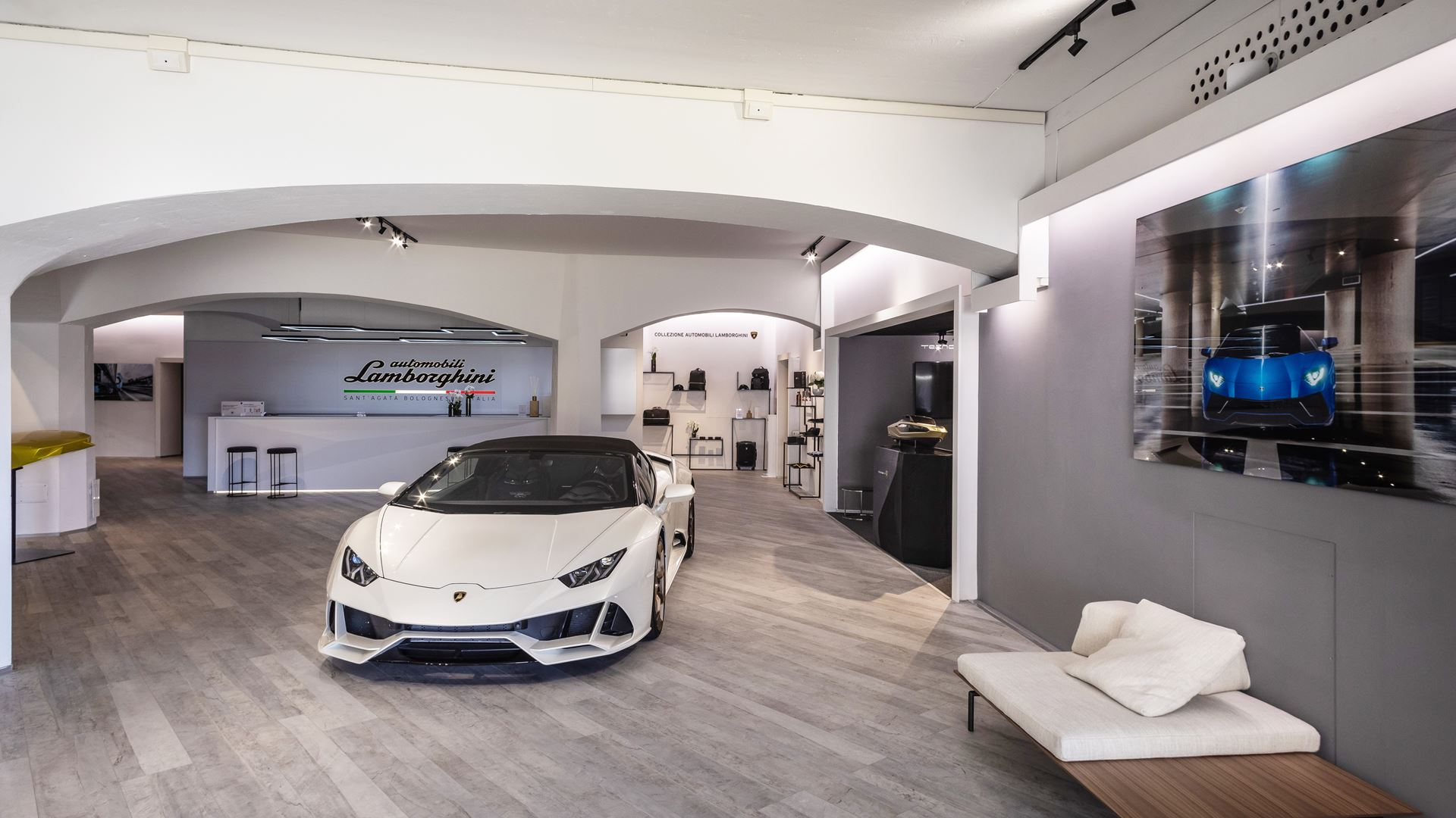 Lamborghini Lounge in Porto Cervo: exclusivity, lifestyle and product innovations, until September - Image 2