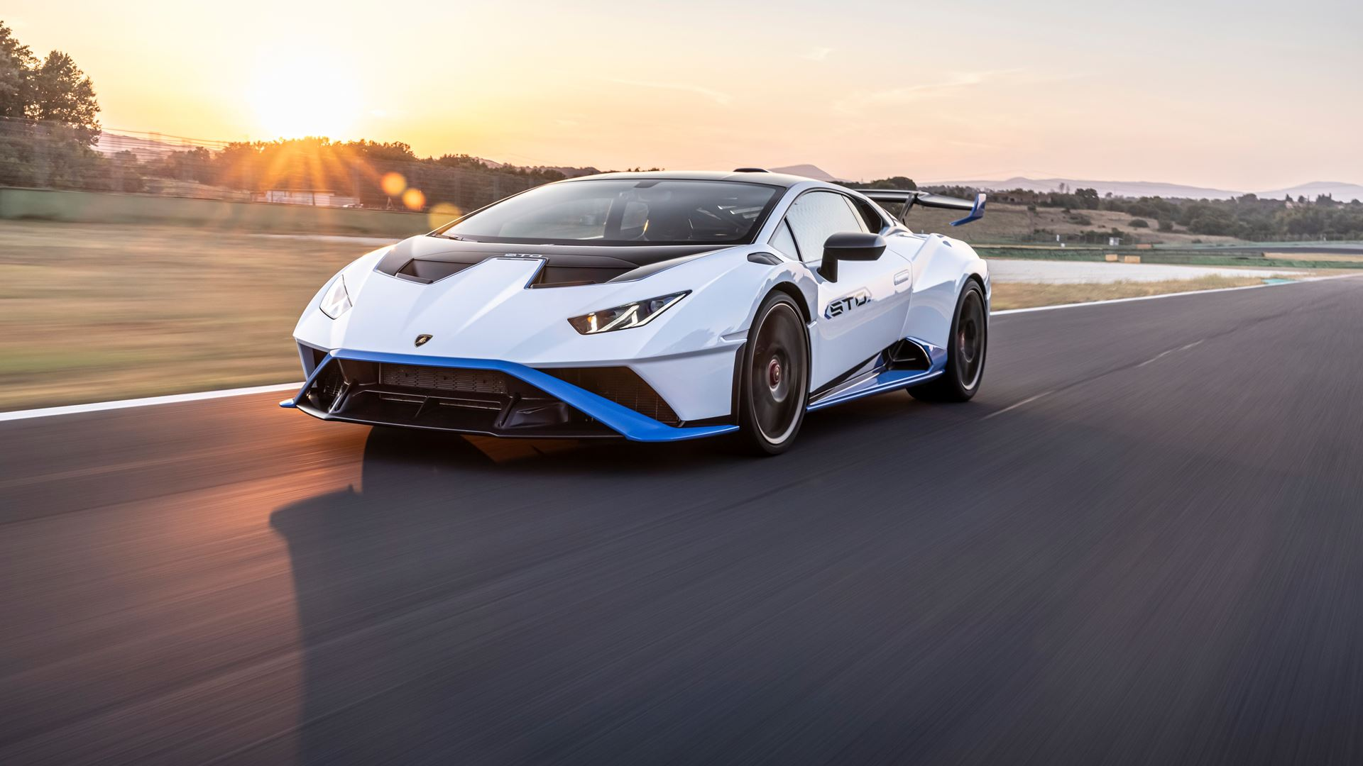 Lamborghini Huracán STO finally unleashed First test-drives in Rome and at the Autodromo Piero Taruffi in Vallelunga - Image 7