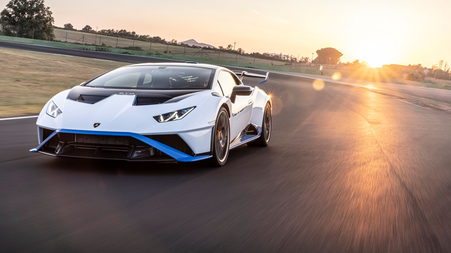 Lamborghini Huracán STO finally unleashed First test-drives in Rome and at the Autodromo Piero Taruffi in Vallelunga - Image 5