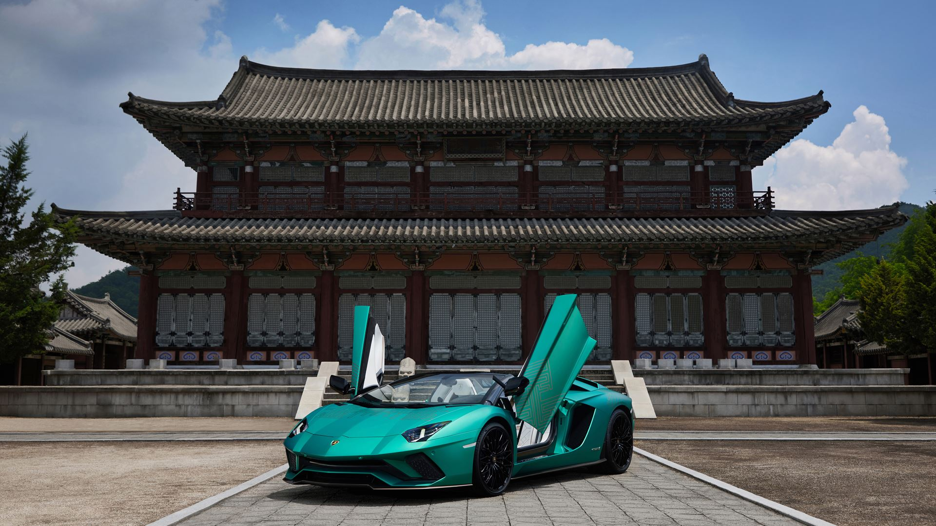 Lamborghini Seoul Unveils the Aventador S Roadster Korean Special Series - Image 7