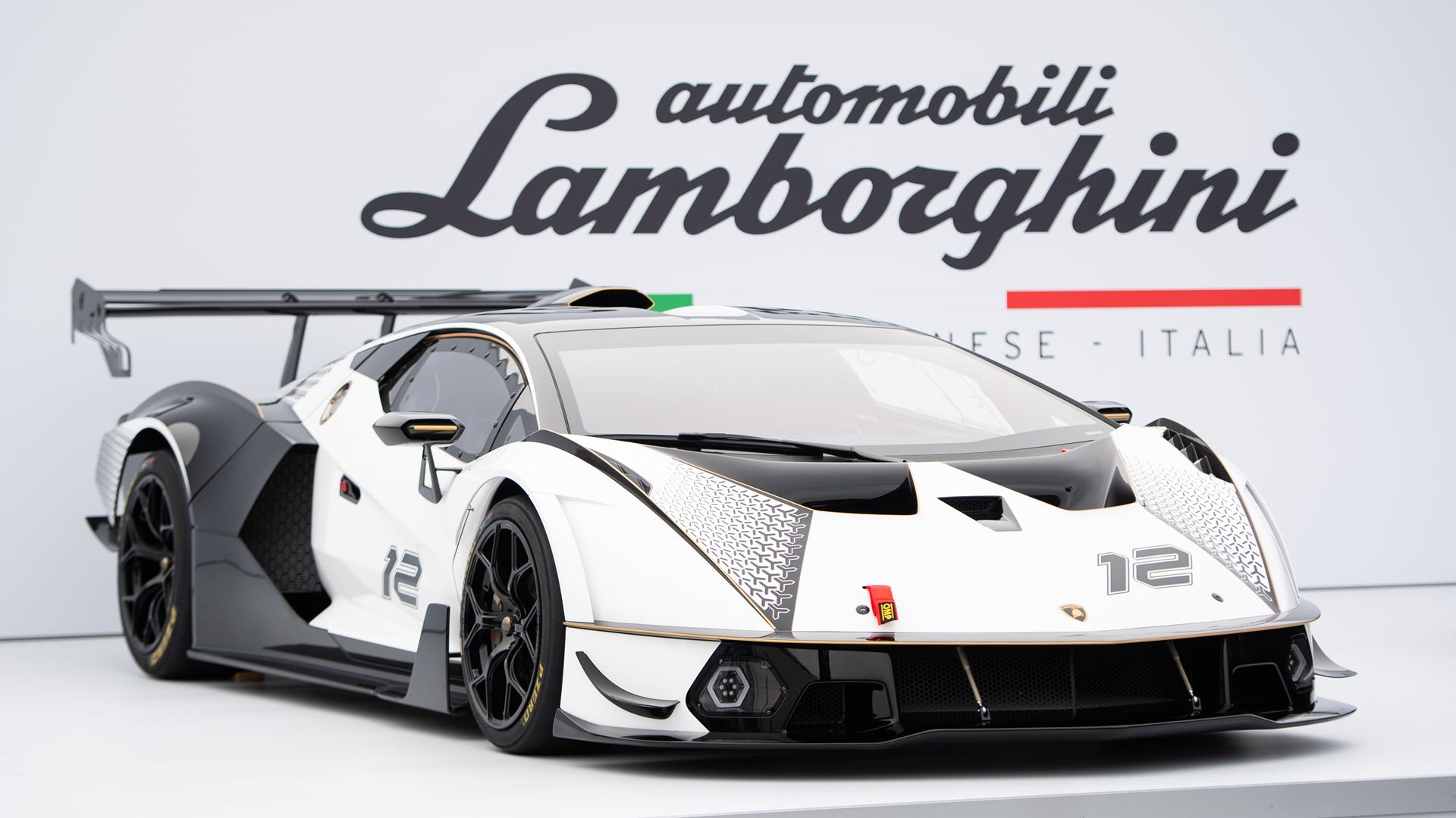 Lamborghini Kicks Off Monterey Car Week with Countach LPI 800-4 Global Debut at The Quail, A Motorsports Gathering - Image 4