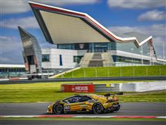 Dennis Lind Earns his Second Victory of the Lamborghini Blancpain Super Trofeo at Silverstone