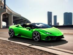Automobili Lamborghini stellt auf dem Genfer Autosalon 2019 den Huracán EVO Spyder vor: atemberaubende Leistung und Präsenz