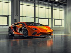 Automotive art and street art come together in the Aventador S by Skyler Grey at Monterey Car Week 2019