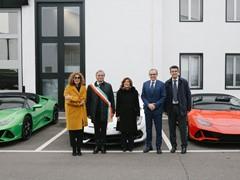 Il Presidente del Senato in visita alla Lamborghini