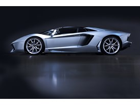 New Lamborghini Aventador LP 700-4 Roadster 7