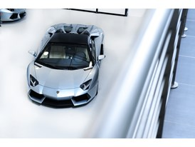 New Lamborghini Aventador LP 700-4 Roadster 12