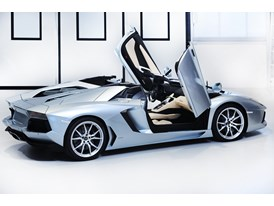 New Lamborghini Aventador LP 700-4 Roadster 17