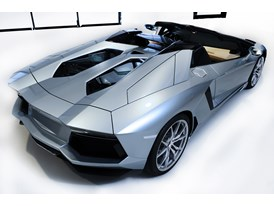 New Lamborghini Aventador LP 700-4 Roadster 19