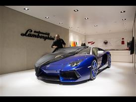 Lamborghini Aventador LP 700-4 Roadster AD Personam 1
