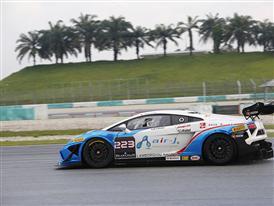In Sepang holt Alberto Viberti (Autocarrozzeria Imperiale) die Pole Position beim World Final des Lamborghini Blancpain Super Trofeo