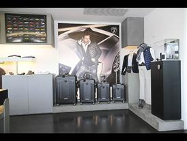 Automobili Lamborghini luggage by Tecknomonster (LD)