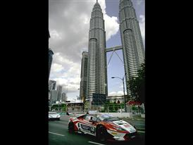 Huge Spectator Turnout For Lamborghini as First Ever Kuala Lumpur City Grand Prix Gets Under Way 3