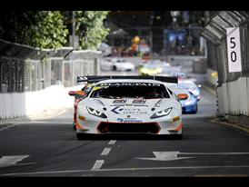 Huge Spectator Turnout For Lamborghini as First Ever Kuala Lumpur City Grand Prix Gets Under Way 4