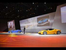 Stephan Winkelmann, President and CEO of Automobili Lamborghini and New Lamborghini Huracán LP 610-4 Spyder 1