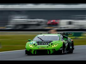 Lamborghini Qualifies on Front Row in GTD Class for Daytona Debut