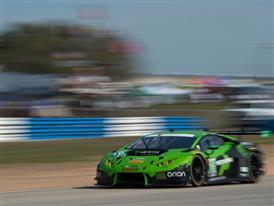 Lamborghini alia 12 Ore di Sebring: una prova  di forza  per Ia Huracan