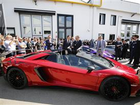 M. Renzi and S. Domenicali closed to the Aventador SuperVeloce Roadster