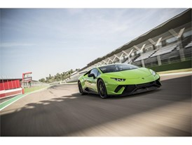Huracan Performante Green