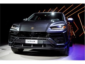 Urus Premiere Urus on stage black
