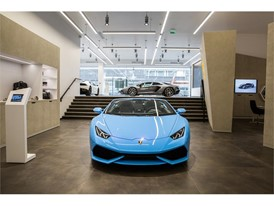 Lamborghini Paris Showroom (4)