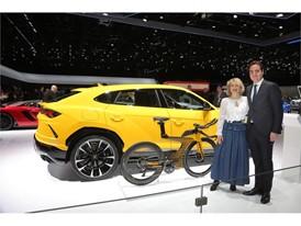 Lamborghini Urus - Cervélo P5X , K. Bassi - R. De Jonge