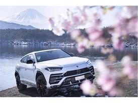 Lamborghini Urus in Fuji (3)