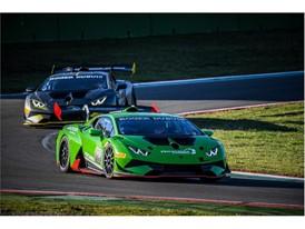 Huracan Super Trofeo Evo on track