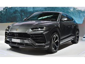 Lamborghini Huracán Performante Spyder and Urus make their Asian debut at 2018 Beijing Auto Show(8)