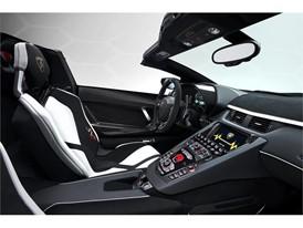 Aventador SVJ Roadster Interior - 02