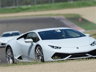 The Lamborghini Huracán LP 610-4 takes to the track with Lamborghini Accademia 2014
