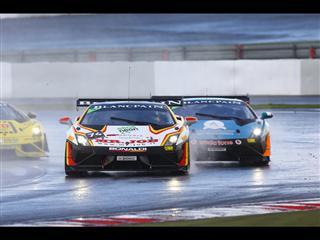 """Jeroen Mul ist der .. Regenkonig"""". VierterHollander im der Lamborghini BlancpainEuropa auf dem NOrburgringSieg fOr denSuper Trofeo"""