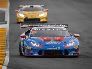 Postiglione vince  Gara 1 della Finale Mondiale Lamborghini di Valencia