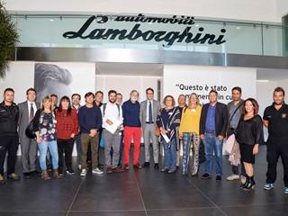Accordo tra Automobili Lamborghini ed Emergency su un programma di cooperazione