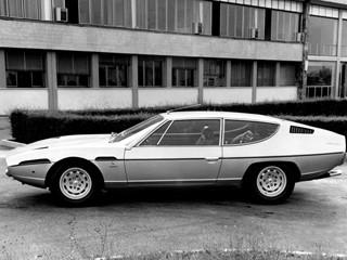 Lamborghini Espada side