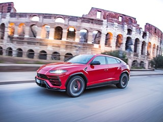 Lamborghini Urus: around the world in four months
