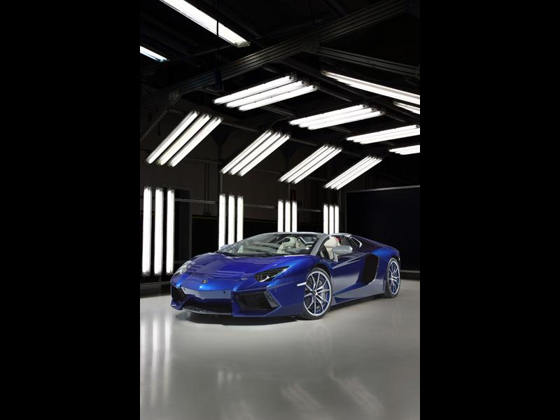 Aventador Roadster Ad Personam 1
