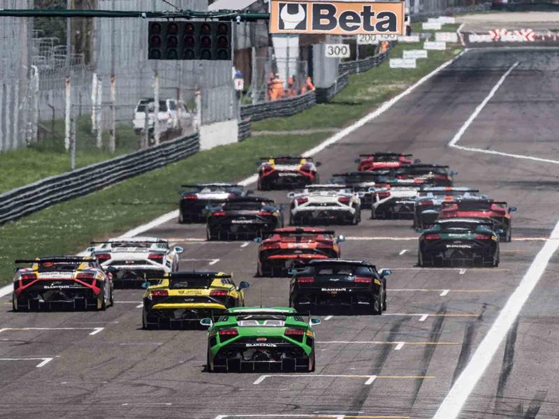 Lamborghini Blancpain Super Trofeo 01