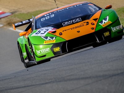 The Lamborghini Huracán GT3 inaugurates the Blancpain GT Series' season with a victory