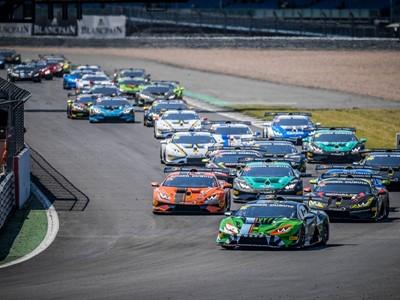 Lamborghini Super Trofeo: Basz-Postiglione win Race 1 at Silverstone