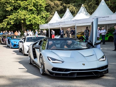 Goodwood Festival of Speed 2018: Lamborghini espone il nuovo Super SUV Urus e  varie supersportive, tra cui la Centenario Roadster