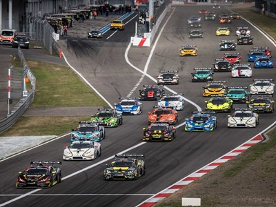 Kroes and Afanasiev hold the advantage as Lamborghini Super Trofeo Europe heads to the Nürburgring