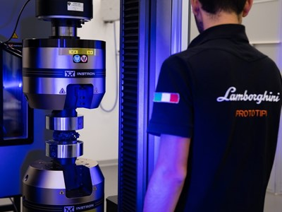 Automobili Lamborghini, the first automaker in the world to conduct carbon fiber materials science r