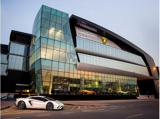 Lamborghini Dubai Showroom - exterior