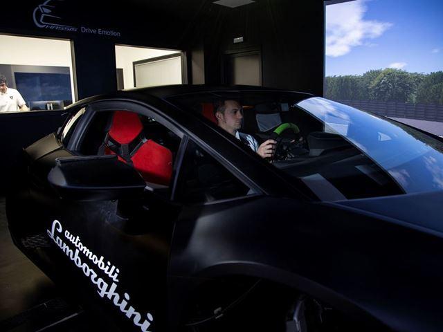 03. Lamborghini - Car Simulator