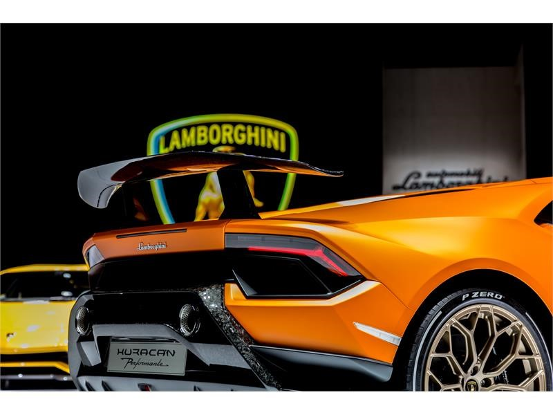 Lamborghini Media Center : Focused On Performance: The New Lamborghini  Huracán Performante   New Content Available
