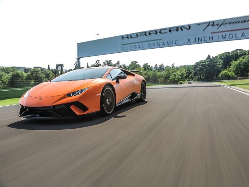 Lamborghini Media Center : Lamborghini <b>Huracán Performante</b> ...