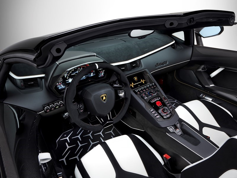 Lamborghini Media Center  Aventador SVJ Roadster Interiors