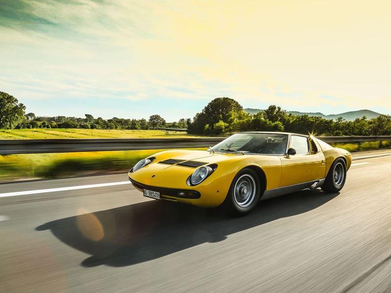 Nel 2021 la Lamborghini Miura SV compie 50 anni